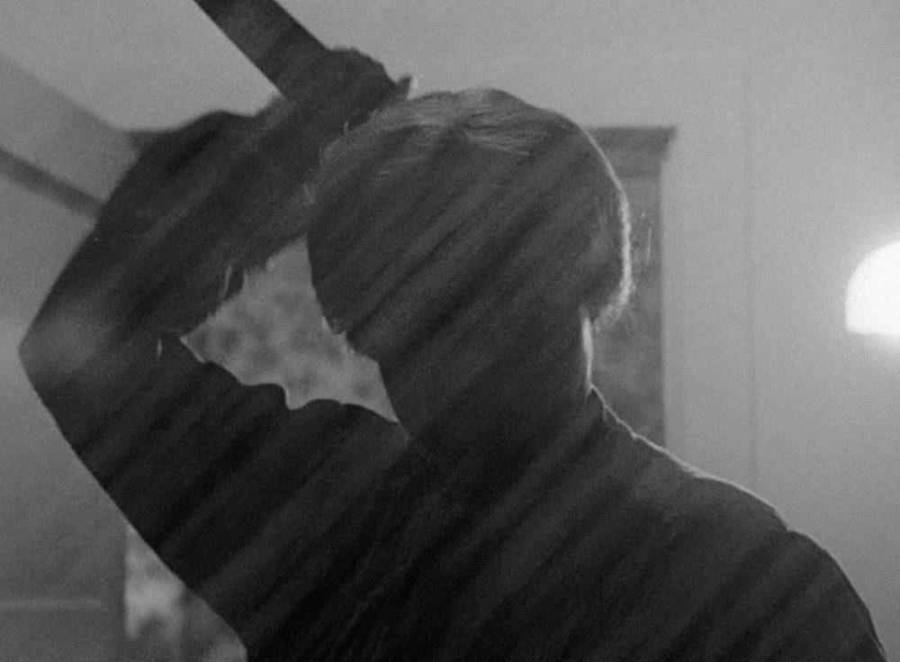Психо, кадр с ножом