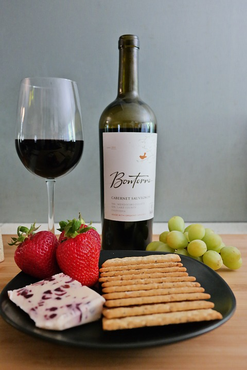 Может ли вино помочь сбросить вес