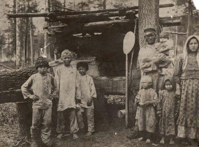 Крестьяне с детьми