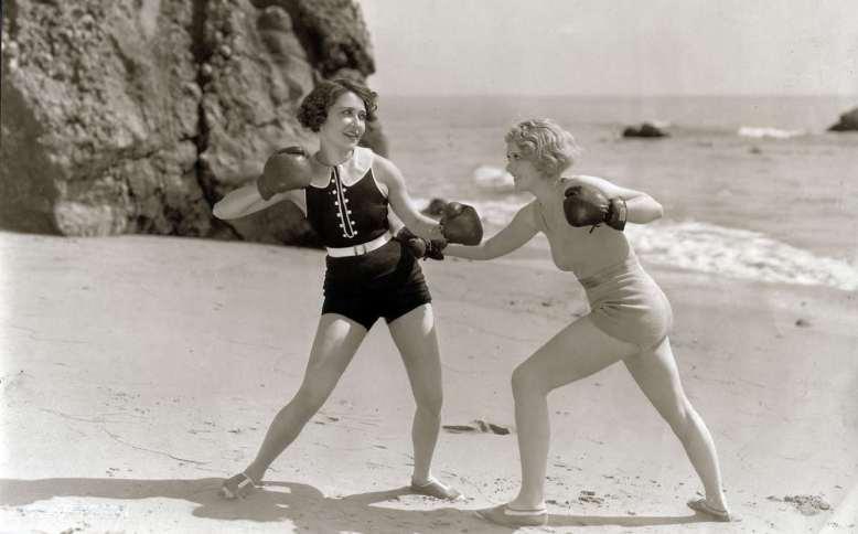 Женщины-боксеры