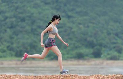 Советы по выбору женских кроссовок для бега